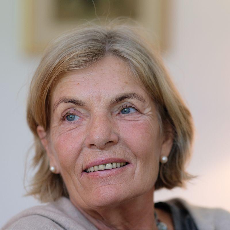 Ann Niedeggen, Le Mas Bleu Vermietung von Ferienwohnungen Balbiac in der  Ardèche
