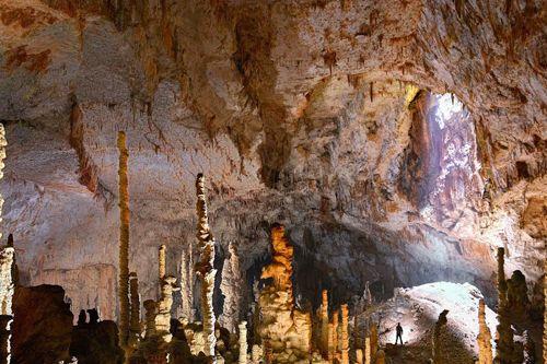 Aven d'Orgnac Tropfsteinhöhle in der Ardèche Südfrankreich